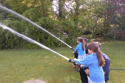 Hampshire Fire and Rescue Service Support Year 2's Learning